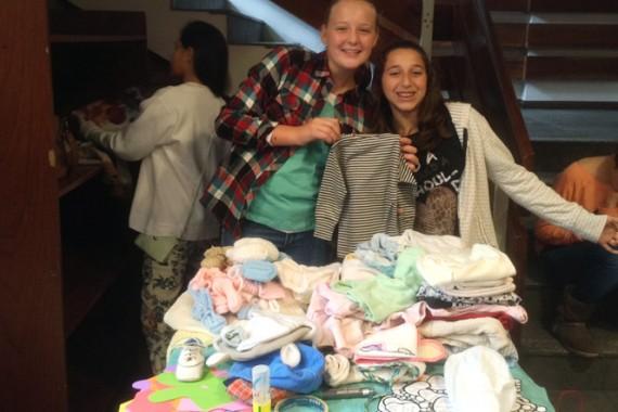 Resultado de la colecta de ropa de bebé